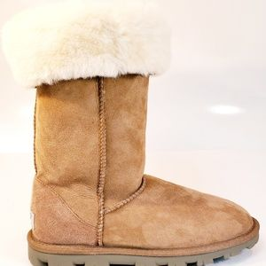 Ugg like Tall Classic Women's Boots size 7 US
